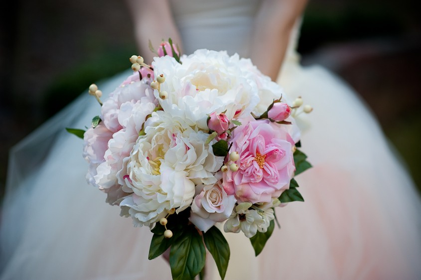 Budget Wedding? Silk Flowers Are Ideal Solution!