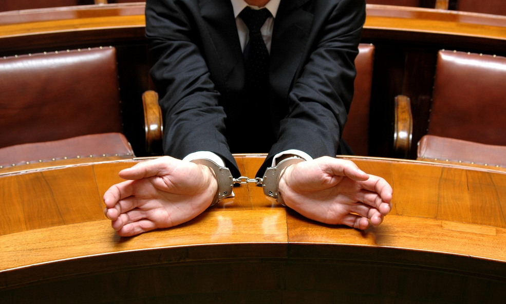 2 Role and Responsibilities Of Local Criminal Defense Attorney
