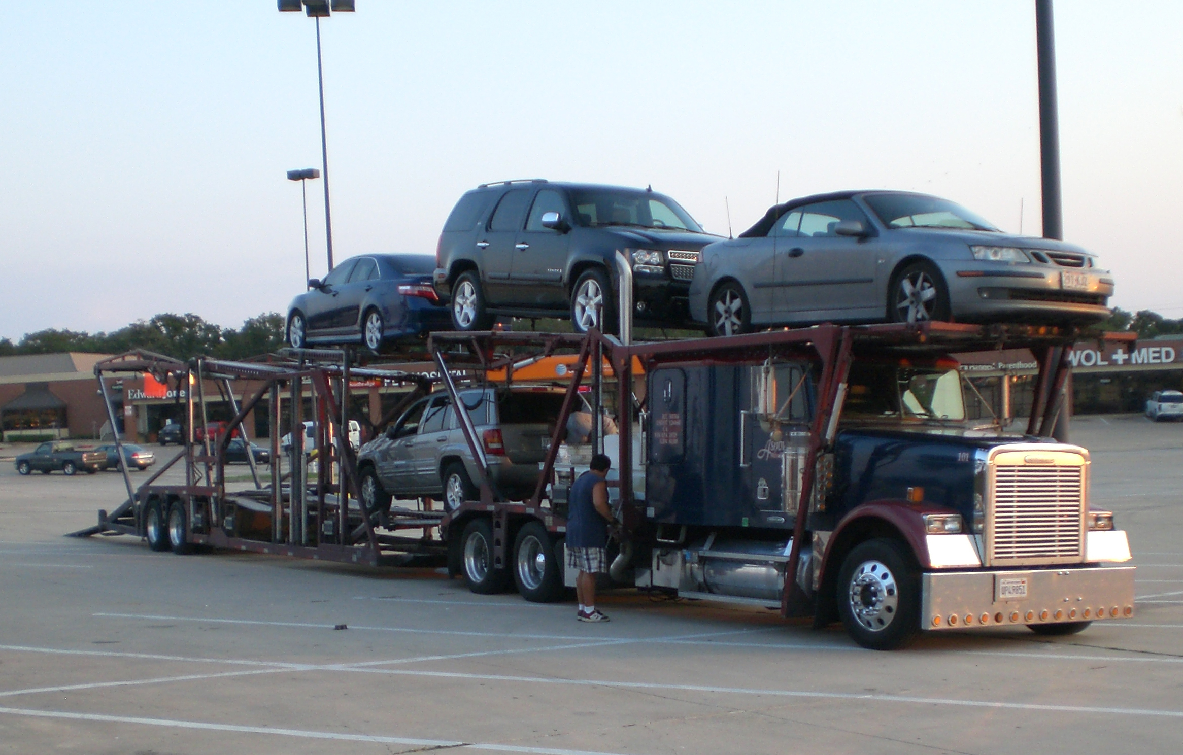 Why To Choose Local Car Moving Company?