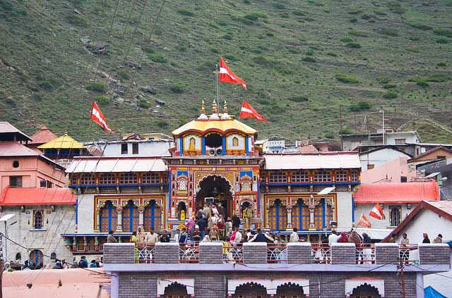 Top 4 Places To Visit Around The Holy Town Of Kedarnath