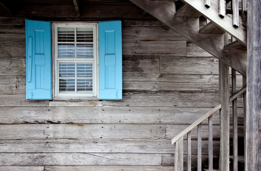 Relocating? The Best Way to Sell Your Old Home Quickly