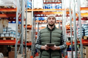 4 Tech Improvements to Add For Your Warehouse Management