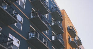 How to Thoroughly Screen Your Tenants When Managing Rental Properties
