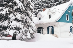 Why You Should Make Repairs to Your Roof Before Winter Hits
